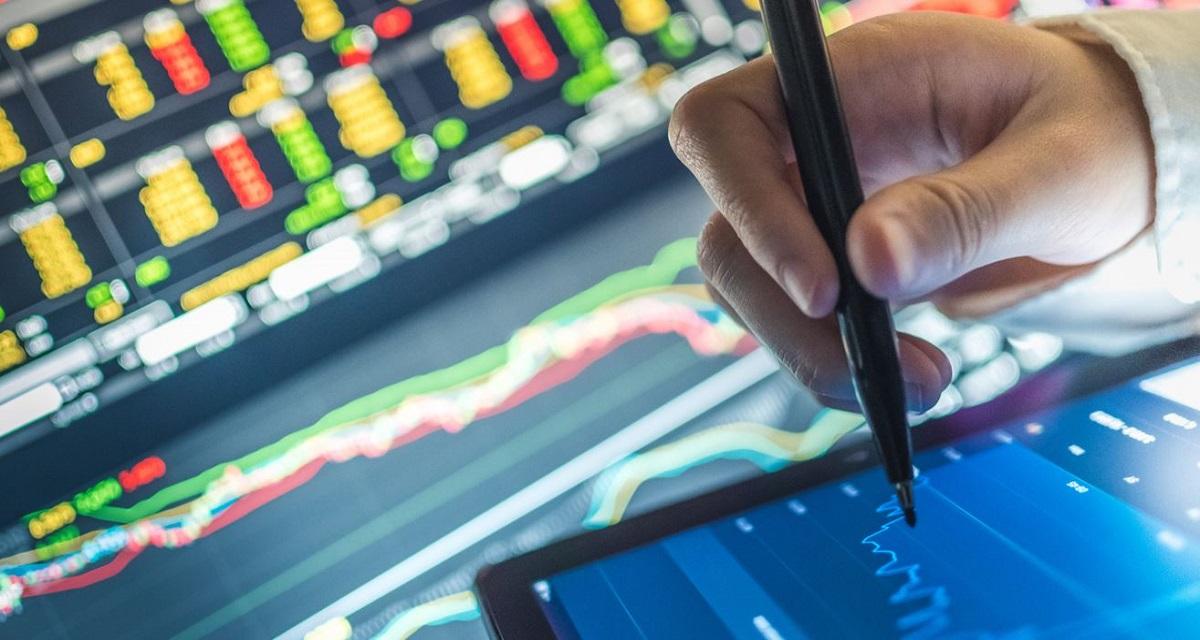 Sztuczna Inteligencja w instytucjach finansowych. Raport Asseco i SME Banking Club